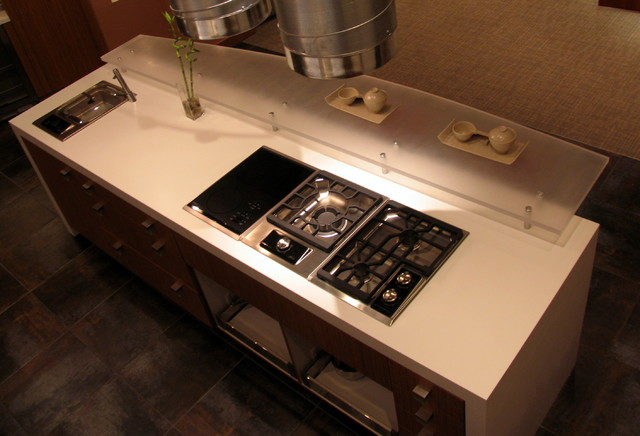 Working Showroom Kitchen Salem MA Contemporary Kitchen Other By Mic