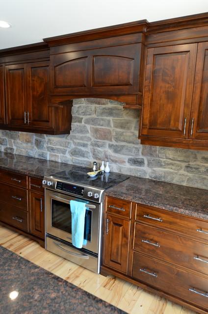 Wormy Maple Kitchen w/Stone