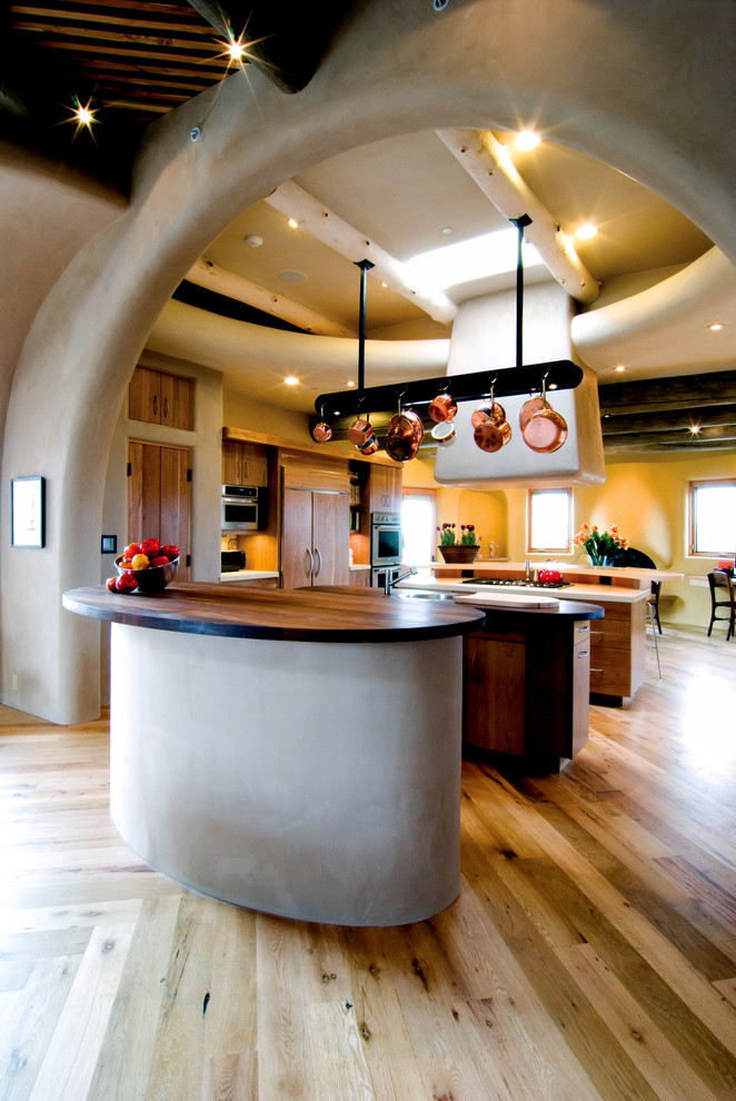 Wright Inspired Family Home Southwestern Kitchen