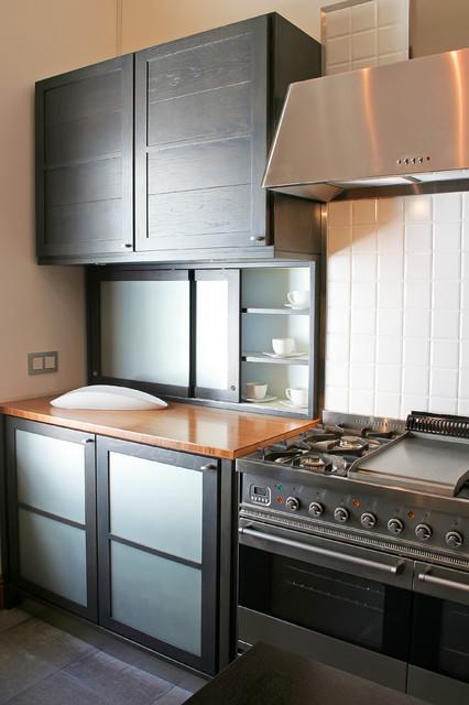 Wynberg showroom reto kitchens by one design for Reto kitchens