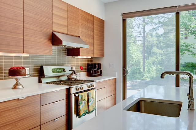 Yarmouth 1 contemporary kitchen portland maine by maine coast kitchen design - Kitchen design portland maine ...