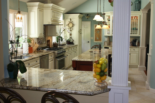 Yellow River Granite Counter Tops Traditional Kitchen