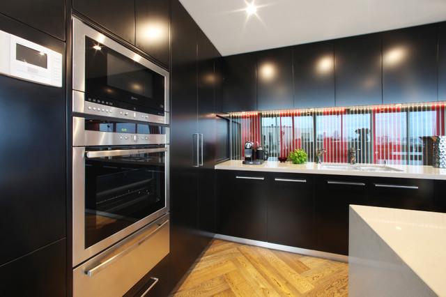 Yve modern-kitchen