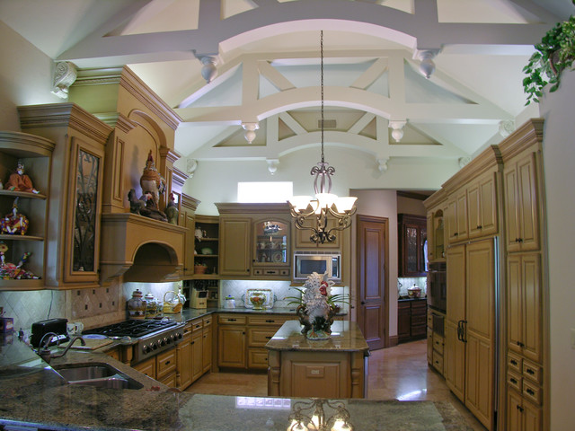 Zachary Custom Homes Past Projects traditional kitchen