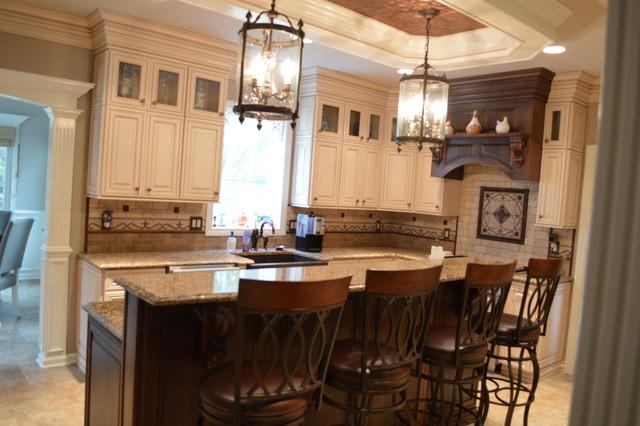 Traditional  Kitchen  newark  by Blue Ridge Kitchens & Baths