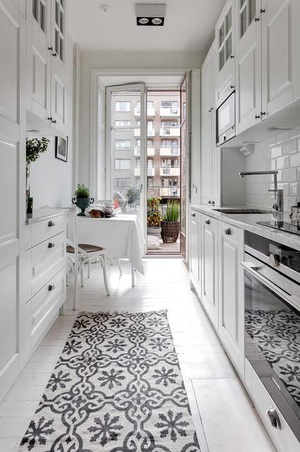 9 tipps wie sie eine kleine schmale k che einrichten. Black Bedroom Furniture Sets. Home Design Ideas