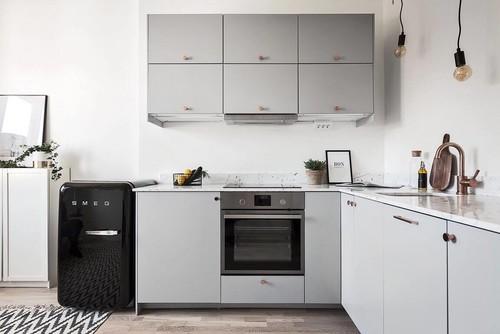 How To Decide Between Upper Kitchen Cabinets, Open Storage