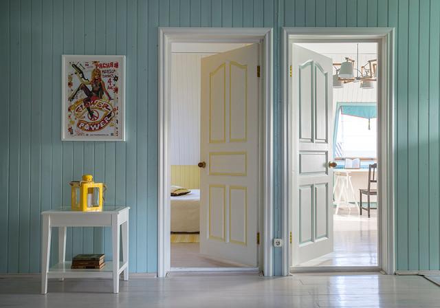 landhausstil flur moskau von. Black Bedroom Furniture Sets. Home Design Ideas