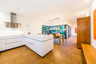 Balanced house einfamilienwohnhaus in weinheim modern for Esszimmer weinheim