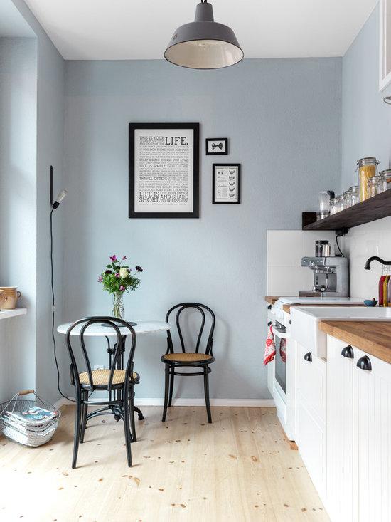 Scandinavian Blue Farmhouse Home Design, Photos & Decor Ideas