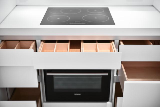 bulthaup b1 Küche in Laminat weiß - Minimalistisch - Küche ...