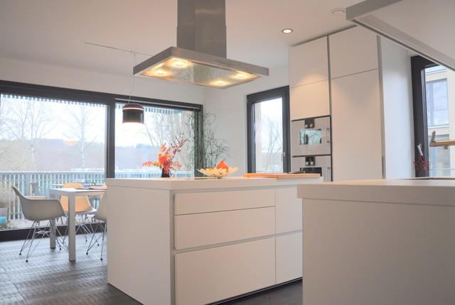 bulthaup k chen. Black Bedroom Furniture Sets. Home Design Ideas