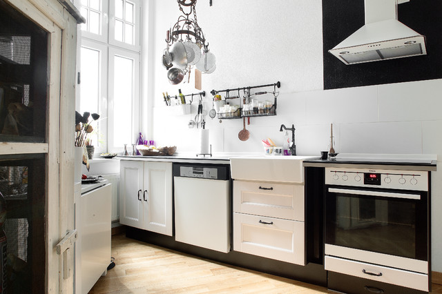 dark white apartment in berlin eclectic kitchen berlin by luca girardini photos. Black Bedroom Furniture Sets. Home Design Ideas