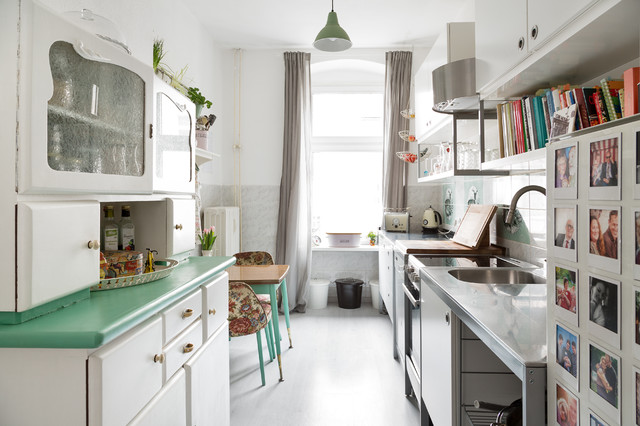 farbenfrohe altbauwohnung in berlin shabby chic style kitchen berlin by maike wagner. Black Bedroom Furniture Sets. Home Design Ideas