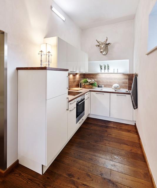 ferienwohnung contemporary kitchen dusseldorf by. Black Bedroom Furniture Sets. Home Design Ideas