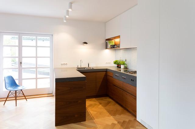 h 4 contemporary kitchen munich by holzrausch. Black Bedroom Furniture Sets. Home Design Ideas