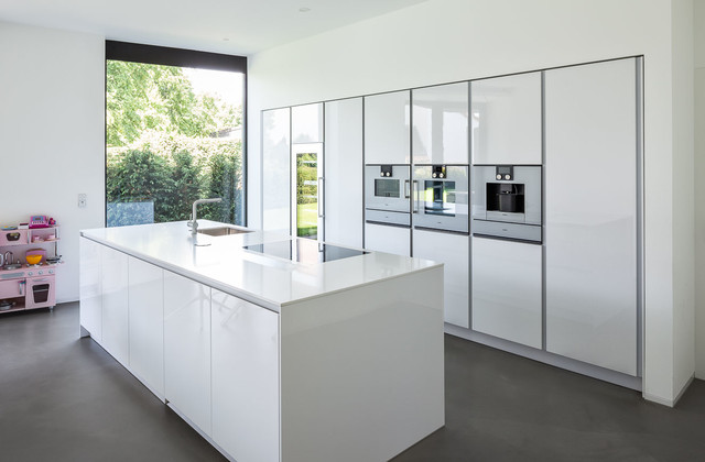 Haus h contemporary kitchen other metro by zhac for Haus kitchens