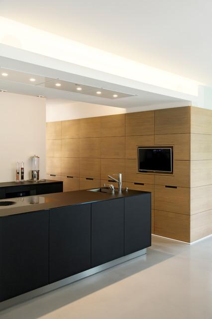 villa dreieichenweg hamburg modern k che hamburg von hennings b rn interiors. Black Bedroom Furniture Sets. Home Design Ideas