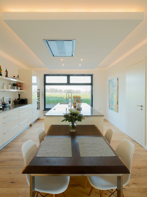 Haus s contemporary kitchen dusseldorf by ferreira for Haus kitchens