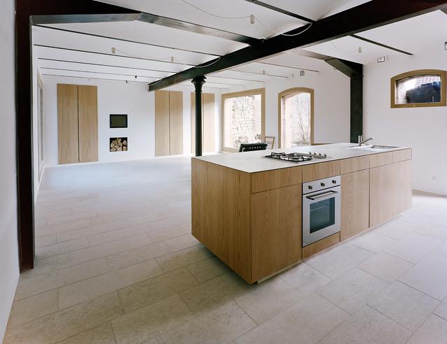 haus stein rustikal k che berlin von jan r sler architekten. Black Bedroom Furniture Sets. Home Design Ideas