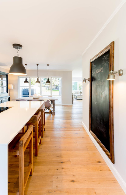 Haus vs traditional kitchen dusseldorf by ferreira for Haus kitchens