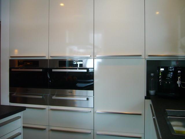 Küche Deckenhoch ~ hochschrankbereich mit miele einbaugeräten modern küche sonstige von küchen villa