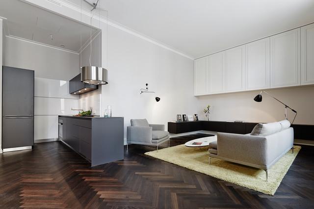 Holzfußboden Im Küchenbereich ~ Kombinierter wohn küchenbereich modern küche berlin von