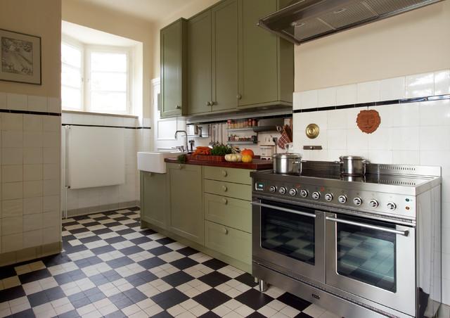 k che 2 country kitchen hamburg by k che design. Black Bedroom Furniture Sets. Home Design Ideas