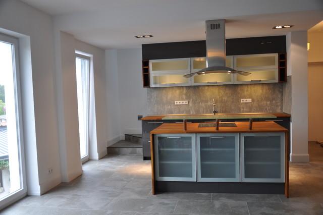 k che im wohlf hl loft mit 210qm bei frankfurt zu mieten klassisch k che frankfurt am main. Black Bedroom Furniture Sets. Home Design Ideas