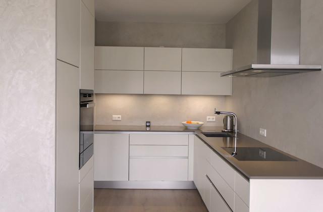 Küche Mattlack Weiss / Grifflos - Modern - Küche - Sonstige ...