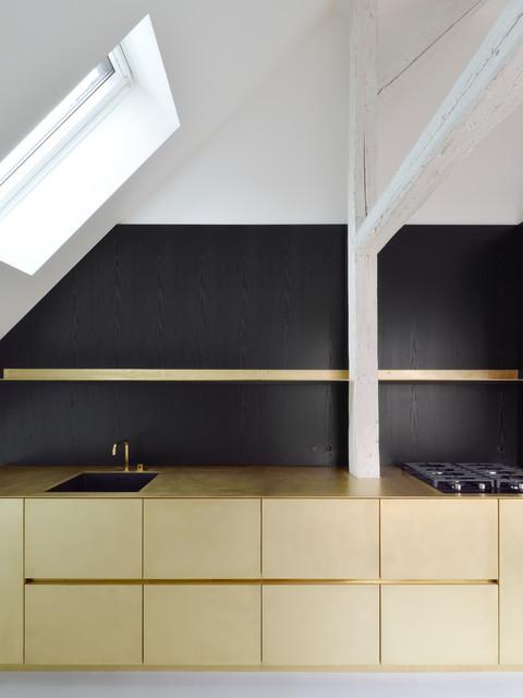 k che messing l modern k che m nchen von wiedemann. Black Bedroom Furniture Sets. Home Design Ideas