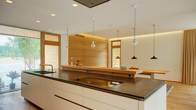 k che mit k modern k che m nchen von thalmeier einrichtungen. Black Bedroom Furniture Sets. Home Design Ideas