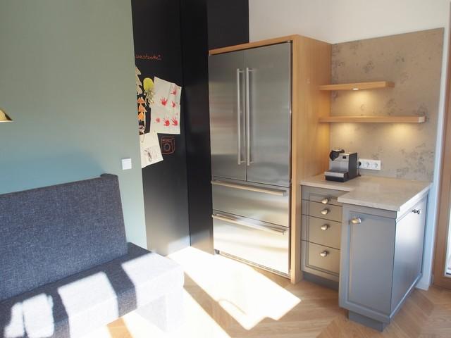 Küche, Side by Side Kühlschrank umbaut, Kaffeecke, Zugang zu ...