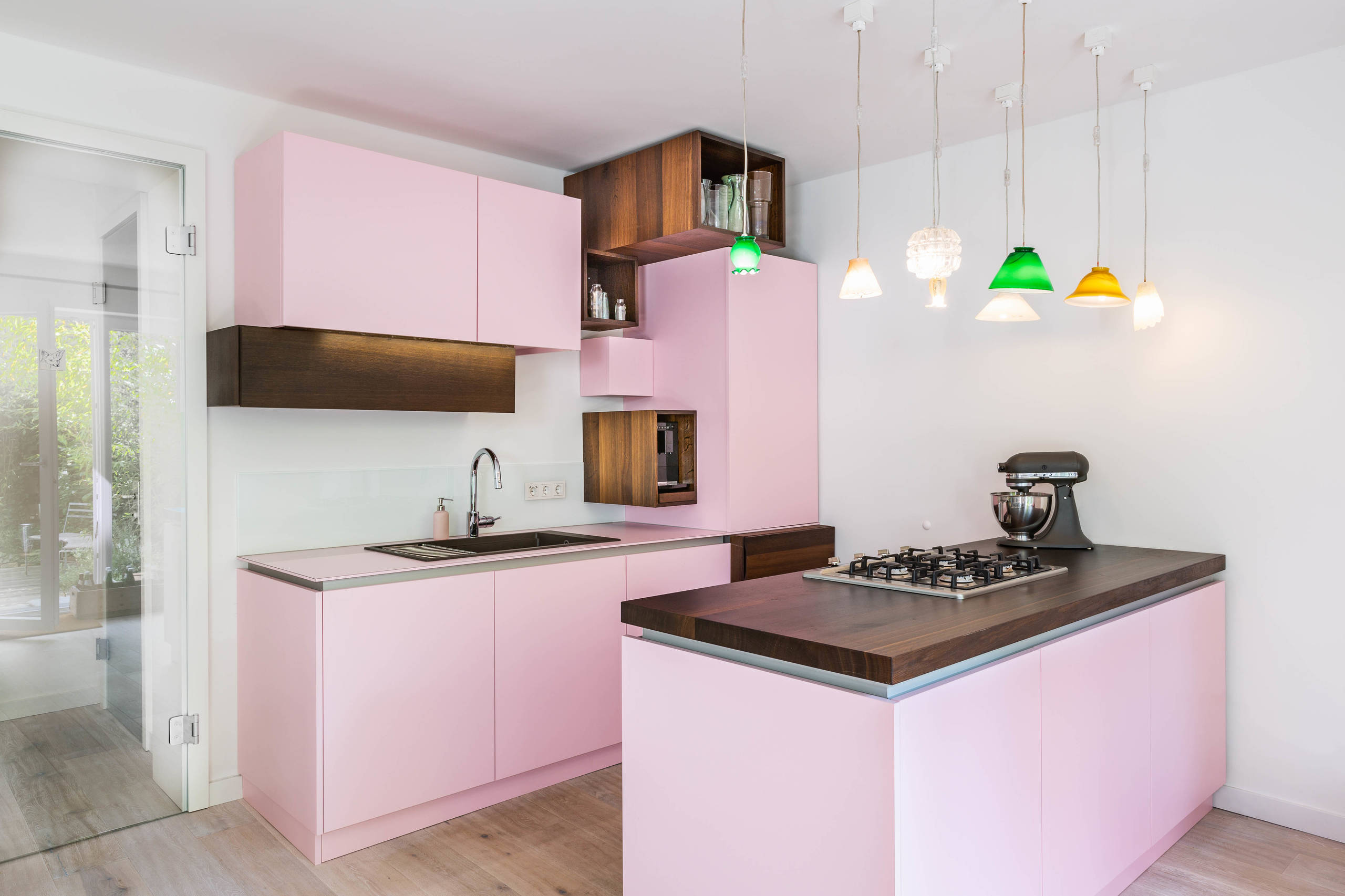 75 Beautiful Kitchen With Pink Countertops Pictures Ideas July 2021 Houzz