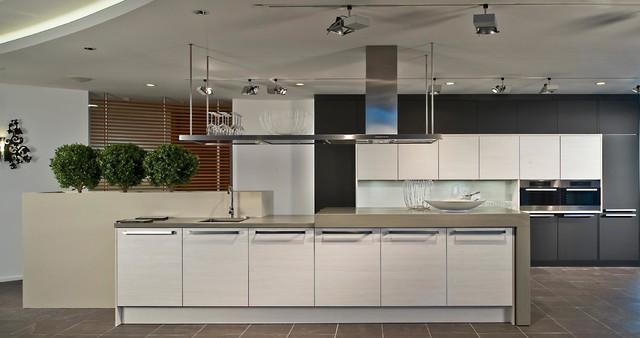 k chenbeispiele von die k cheldiele. Black Bedroom Furniture Sets. Home Design Ideas