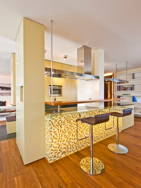Loft o contemporary kitchen munich by for Innenarchitektur rathke