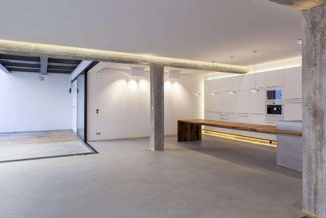 loft offene k che modern k che stuttgart von echt zwinz raum und m bel. Black Bedroom Furniture Sets. Home Design Ideas