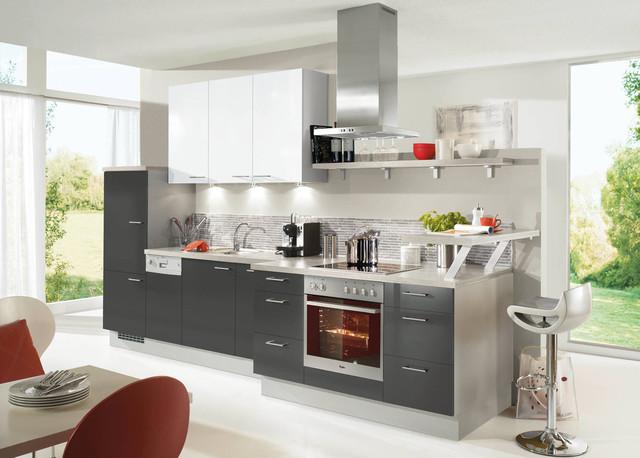 Markante küchenzeile modern kitchen by kiveda