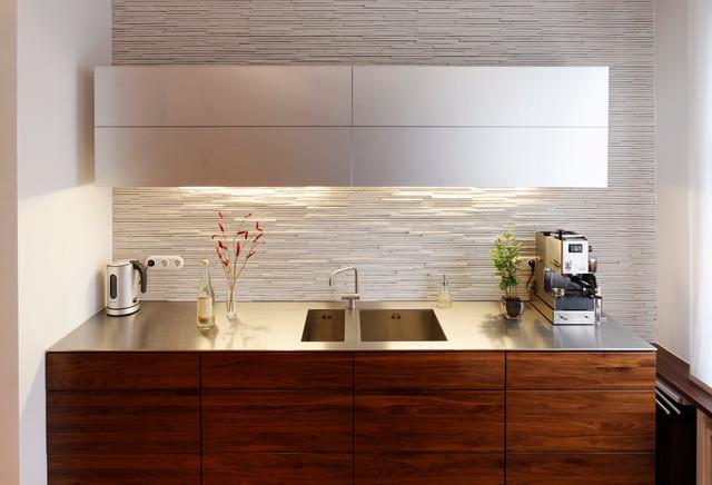 massivholz amerik nussbaum solid american walnut wood modern k che other metro von. Black Bedroom Furniture Sets. Home Design Ideas