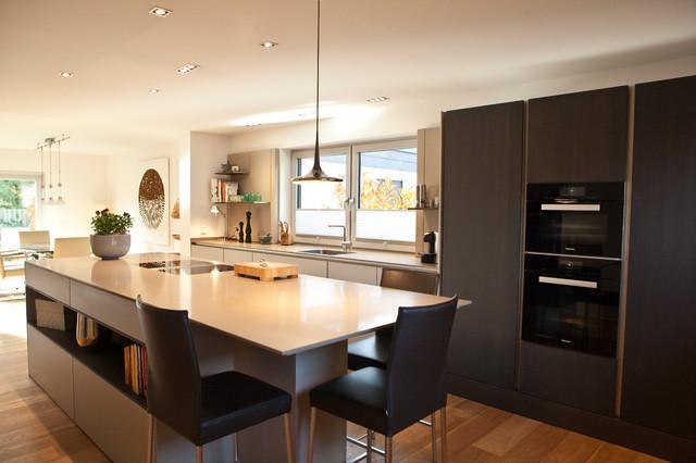 offenens siematic k chenkonzept modern k che d sseldorf von siematic auf der bismarckstra e. Black Bedroom Furniture Sets. Home Design Ideas