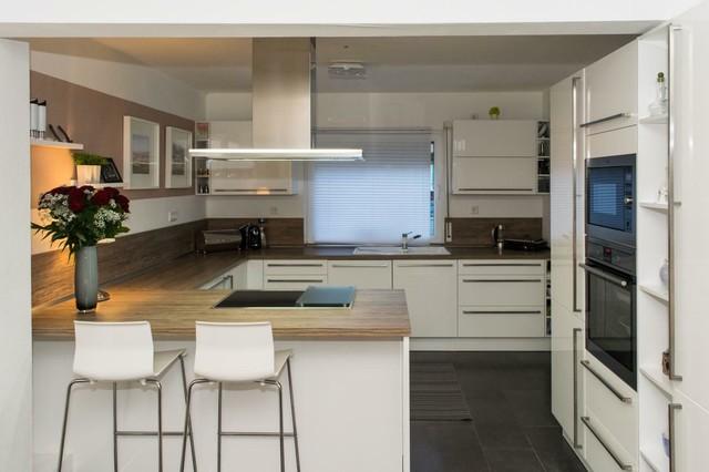 Moderne Küche Mit Sitzplatz Contemporary Kitchen