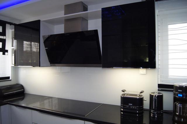 Küchen Direkt24 moderne küche ruhl schwarz weiß modern küche stuttgart