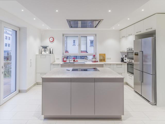 Wonderful Moderne Wohnküche In Matt Contemporary Kitchen