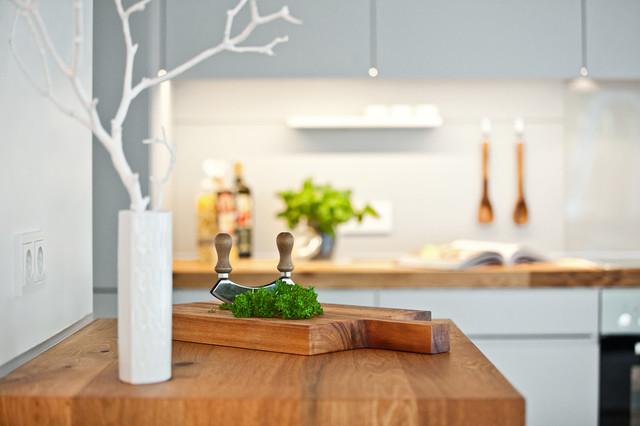 Küche mit holzarbeitsplatte  Offene Küche mit Holzarbeitsplatte - Modern - Küche - Düsseldorf ...