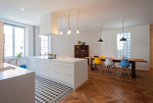 umbau küche wohnzimmer:offene Wohnküche – Modern – Küche – other metro – von INpuls
