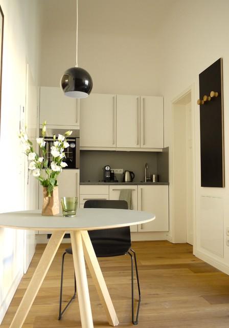 projekt haus cumberland modern k che berlin von maigr n wohndesign. Black Bedroom Furniture Sets. Home Design Ideas