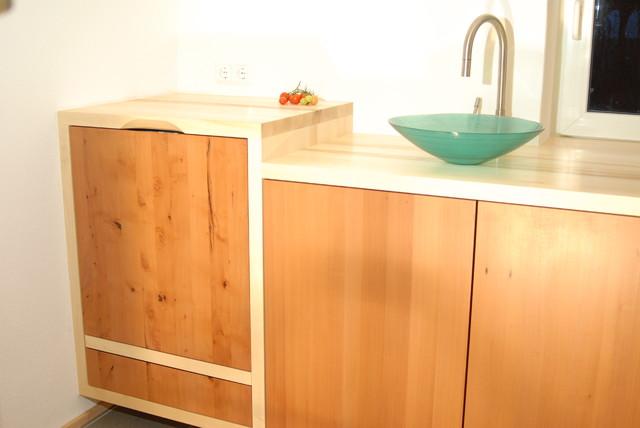 Kuche ahorn modern for Moderne kuchenfronten