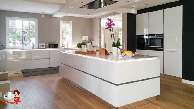 Küche Modern um die große insel ist immer noch viel platz vorhanden modern