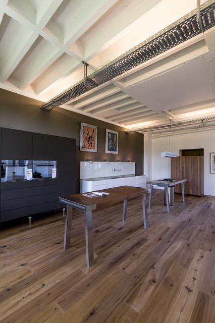 unsere ausstellung trendy k kken other metro af. Black Bedroom Furniture Sets. Home Design Ideas