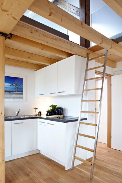 vacation rental w7 modern k che m nchen von ute. Black Bedroom Furniture Sets. Home Design Ideas
